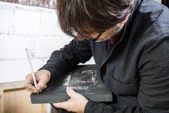 Toile de signature d'huile d'artiste de peintre Photographie stock libre de droits