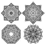 Ensemble de flocons de neige ronds noirs et blancs de mandalas illustration de vecteur