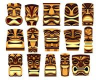 Ensemble de fond différent de Tiki Idols Isolated On White Photos libres de droits