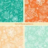 Ensemble de fond sans couture floral pour la conception Rétro configuration décorative Texture avec des fleurs Photo stock