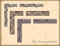 Ensemble de frontières fleuries avec les éléments faisants le coin décoratifs, vecteur Image libre de droits