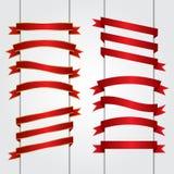 Ensemble de graphique de vecteur rouge de bannières de ruban illustration libre de droits