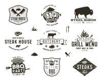 Ensemble de grill de vintage, partie de BBQ, insignes de gril de barbecue, labels Style tiré par la main de rétro typographie Log Images stock