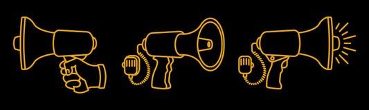 Ensemble de haut-parleurs linéaires 3 mégaphones différents sur le fond noir fait avec l'amour et la diligence illustration libre de droits