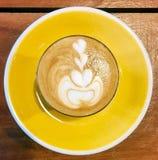 Ensemble de jaune de latte de petite flûte photos libres de droits