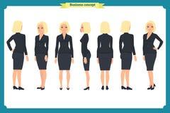 Ensemble de jeune femme d'affaires présentant dans différentes poses Caractère de personnes Se tenant, sur le blanc Style plat Bu Photos libres de droits