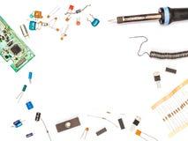 Ensemble de l'électronique Composants électroniques et outils de l'électronique Images libres de droits