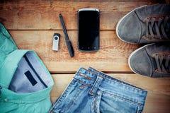 Ensemble de l'habillement et des accessoires des hommes image stock
