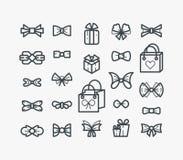 Ensemble de la ligne icônes d'ensemble avec des arcs et des cadeaux Images stock
