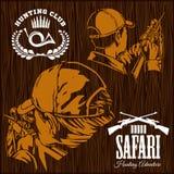 Ensemble de labels de chasse sur le bakground en bois illustration de vecteur