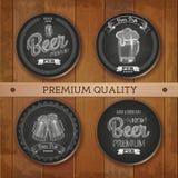 Ensemble de labels de dessin de craie avec de la bière Image libre de droits