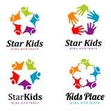 Ensemble de logo d'enfants Enfants d'étoile Place d'enfants illustration de vecteur