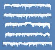 Ensemble de longues calottes glaciaires Congères, glaçons, décor d'hiver d'éléments Photo stock