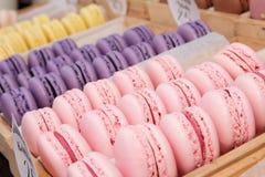 Ensemble de macarons français de biscuits Images stock
