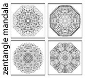 Ensemble de mandalas abstraits noirs et blancs de zentangle, modèle ethnique circulaire Images libres de droits