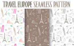 Ensemble de modèle sans couture de l'Europe de voyage tiré par la main Images libres de droits