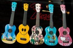Ensemble de modèles colorés de guitare Image libre de droits