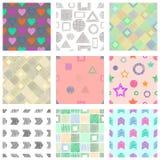 Ensemble de modèles géométriques de vecteur sans couture avec différents chiffres géométriques, formes fond sans fin en pastel av Photographie stock