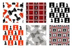 Ensemble de modèles sans couture de vecteur avec des icônes des échecs Photographie stock