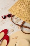 Ensemble de mode d'été Chapeau du ` s de femmes, sac, ballerines de chaussures et soleil Photo stock