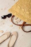 Ensemble de mode d'été Sac du ` s de femmes, ballerines de chaussures et sunglass Photo stock