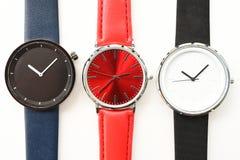 Ensemble de montres-bracelet multicolores Photos libres de droits