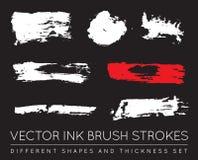 Ensemble de noir Pen Ink Brush Strokes de vecteur Brosse grunge Stro d'encre Images libres de droits