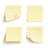 Ensemble de notes collantes jaunes Image stock