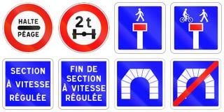 Ensemble de panneaux routiers de réglementation français Photos libres de droits