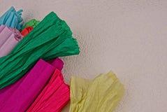 Ensemble de papier coloré sur le fond blanc photo stock