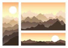 Ensemble de paysage de montagne dans la soirée d'été illustration libre de droits