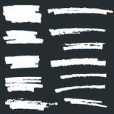 Ensemble de peinture blanche, courses de brosse d'encre, brosses, lignes Éléments artistiques blancs de conception illustration libre de droits