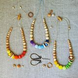 Ensemble de perles tricotées photos stock