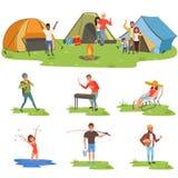 Ensemble de personnes de campeur, touristes voyageant, camping et détendant, illustrations fising de vecteur illustration libre de droits