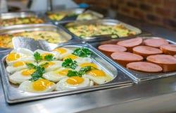 Ensemble de petit déjeuner de buffet Image stock