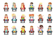 Ensemble de petits enfants mignons dans 3D-glasses illustration stock