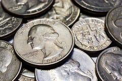 Ensemble de pièces de monnaie de plan rapproché différent de dénominations Photo libre de droits