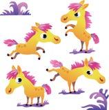 Ensemble de poney jaune mignon de bande dessinée Images stock