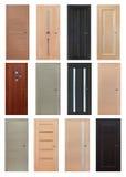 Ensemble de 12 portes en bois intérieures Photo stock