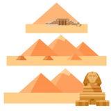 Ensemble de pyramides Photo libre de droits