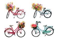 Ensemble de quatre bicyclettes d'aquarelle avec des fleurs sur le blanc Photographie stock libre de droits