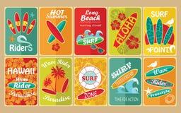 Ensemble de rétros affiches typographiques surfantes pour Photographie stock libre de droits
