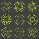 Ensemble de rétros formes d'éclat de Sun de brosse Logo de vintage, labels, insigne Images libres de droits
