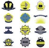 Ensemble de rétros insignes d'été, de rubans et de hippie de labels illustration libre de droits
