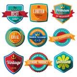 Ensemble de rétros insignes et de labels de vintage. Conception plate avec long SH Photographie stock libre de droits
