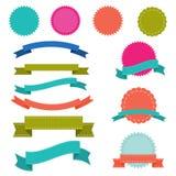 Ensemble de rubans, de labels et d'insignes modernes illustration de vecteur