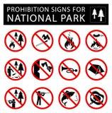 Ensemble de signes d'interdiction pour le parc national illustration libre de droits