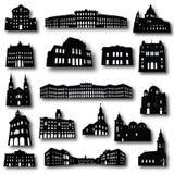 Ensemble de 17 silhouettes de vecteur de bâtiments Image stock