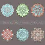Ensemble de six mandalas colorés Photos libres de droits