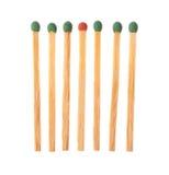 Ensemble de six vert et de matchs un en bois rouges Photos stock